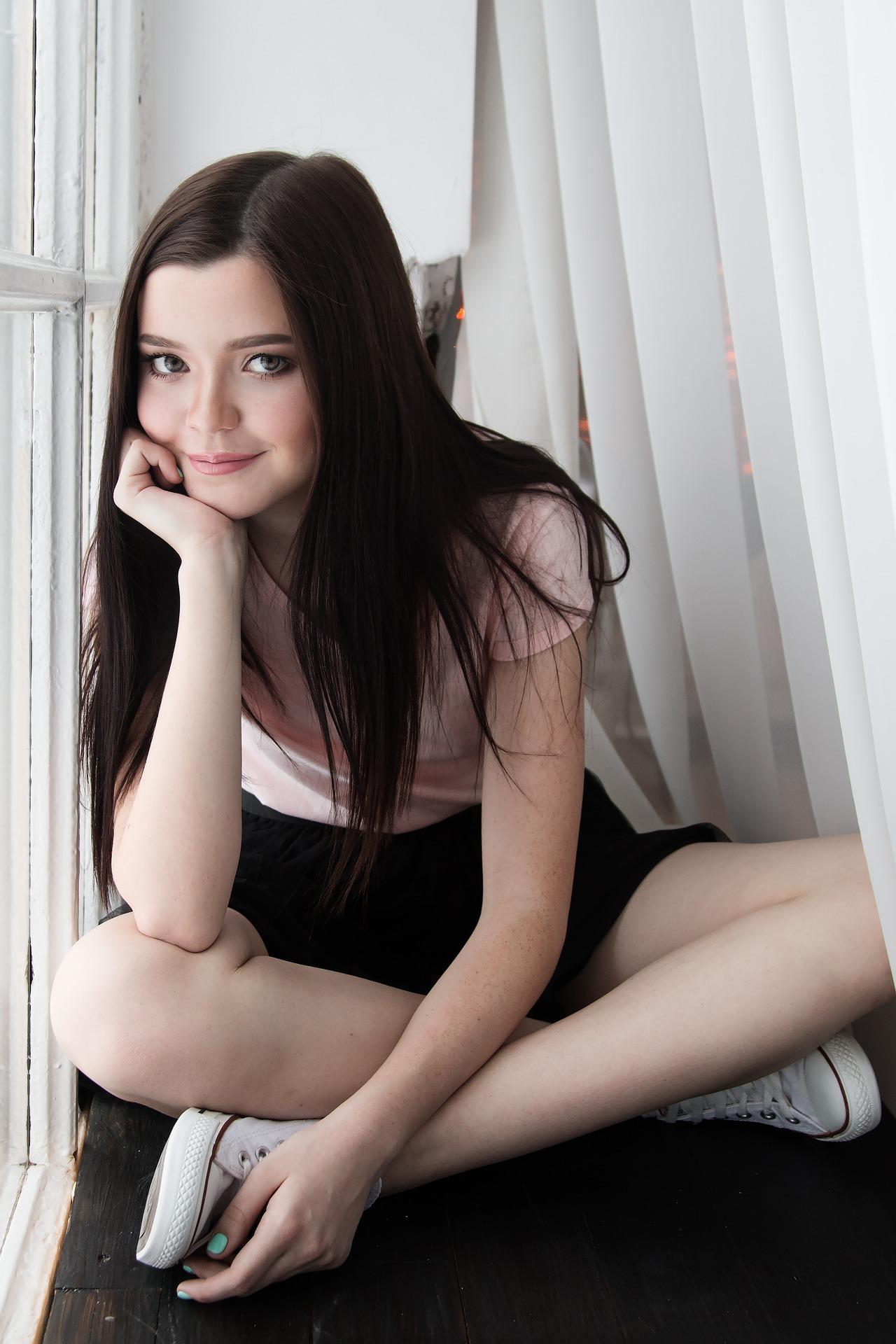 girl-1848910_1920